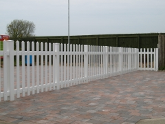 Pedestrian control UPVC plastic temporary fencing fencing fence supplier manufacturer extrusion installer ranch picket garden balustrade panel pvc wood effect gate plastic upvc