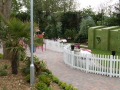 UPVC picket fence around gardens.JPG