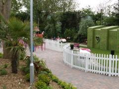 UPVC picket fence around gardens.JPG