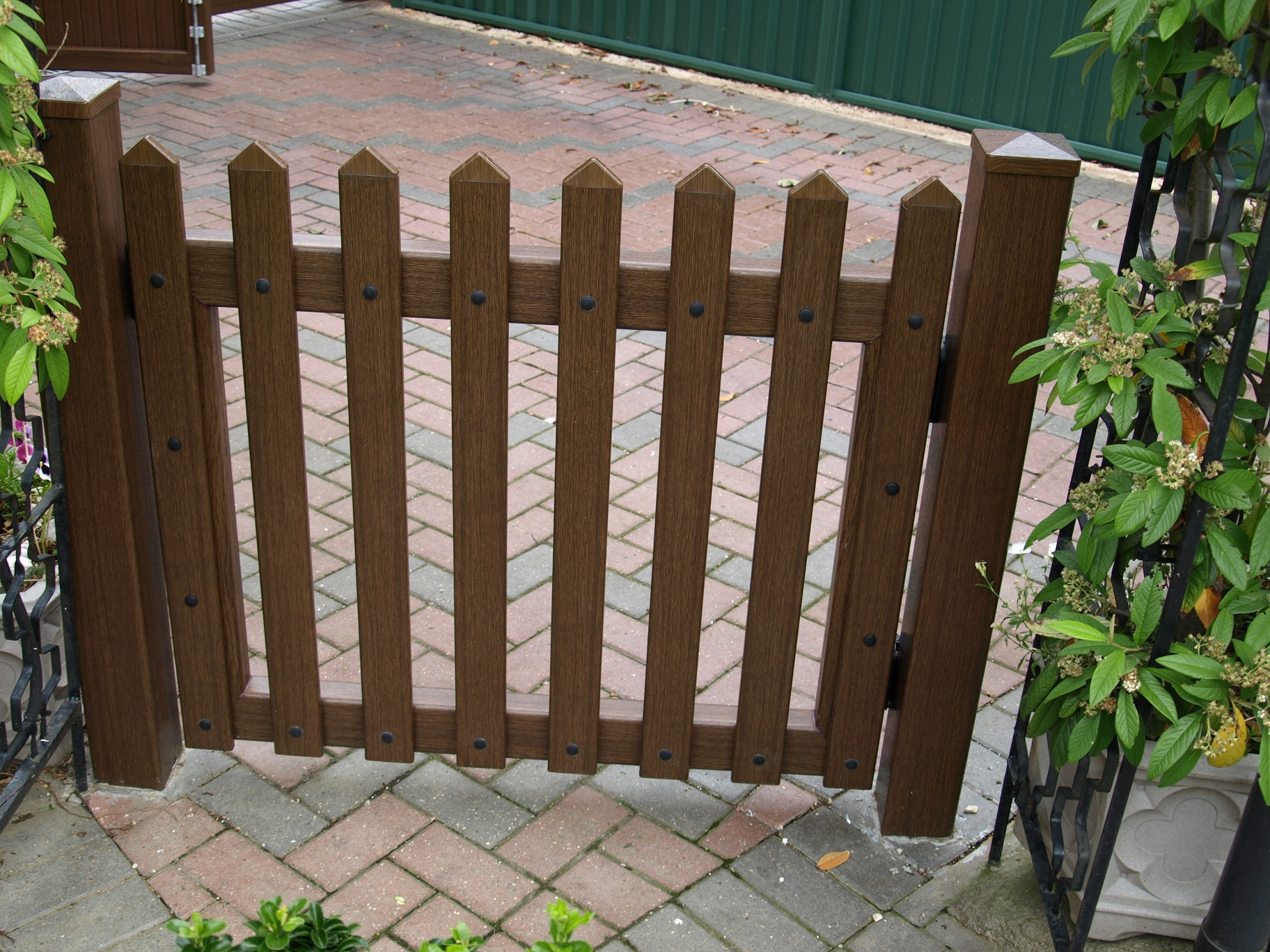Garden and Driveway Gates Gallery| Fensys