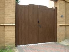 Fensys manufacturer UPVC plastic driveway gates