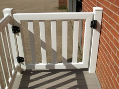 UPVC veranda gate showing nylon lock & hinges.JPG Upvc plastic gate