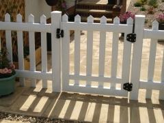 Stanley style white UPVC plastic garden gate.JPG