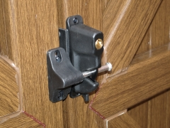 UPVC gate lockable latch Upvc plastic gate