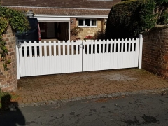 upvc plastic stanley style driveway gates plastic white light weight durable