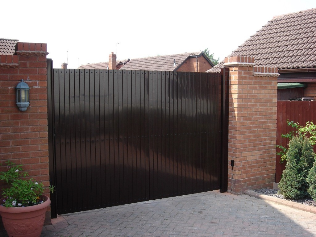 Both Modern And Stylish, Our UPVC Garden, Side And Driveway Gates Are A  Practical Alternative To Traditional Metal Or Wooden Gates.